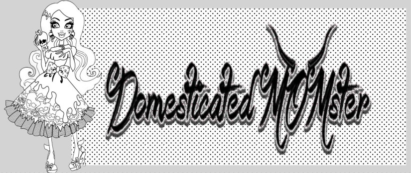 Domesticated Momster.com Logo Brand ©2015