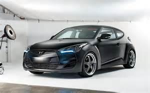 rental car hyundai veloster black
